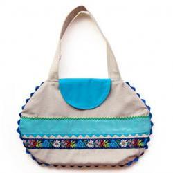 Linen bag with blue appliqué ribbons